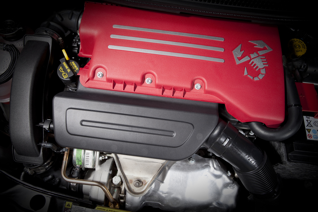 2013 Fiat 500C Abarth Engine Preview