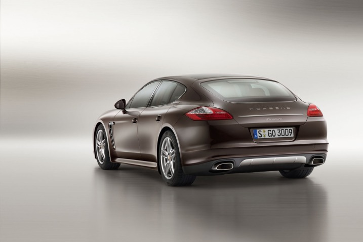 2013 Porsche Panamera Platinum Edition Rear Side