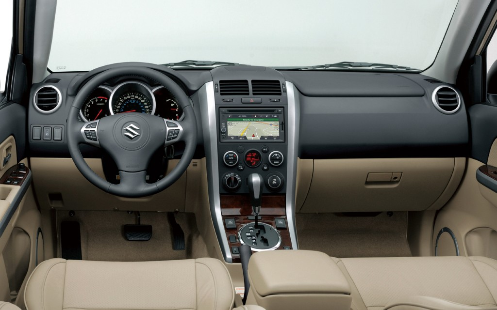 2013 Suzuki Grand Vitara Interior