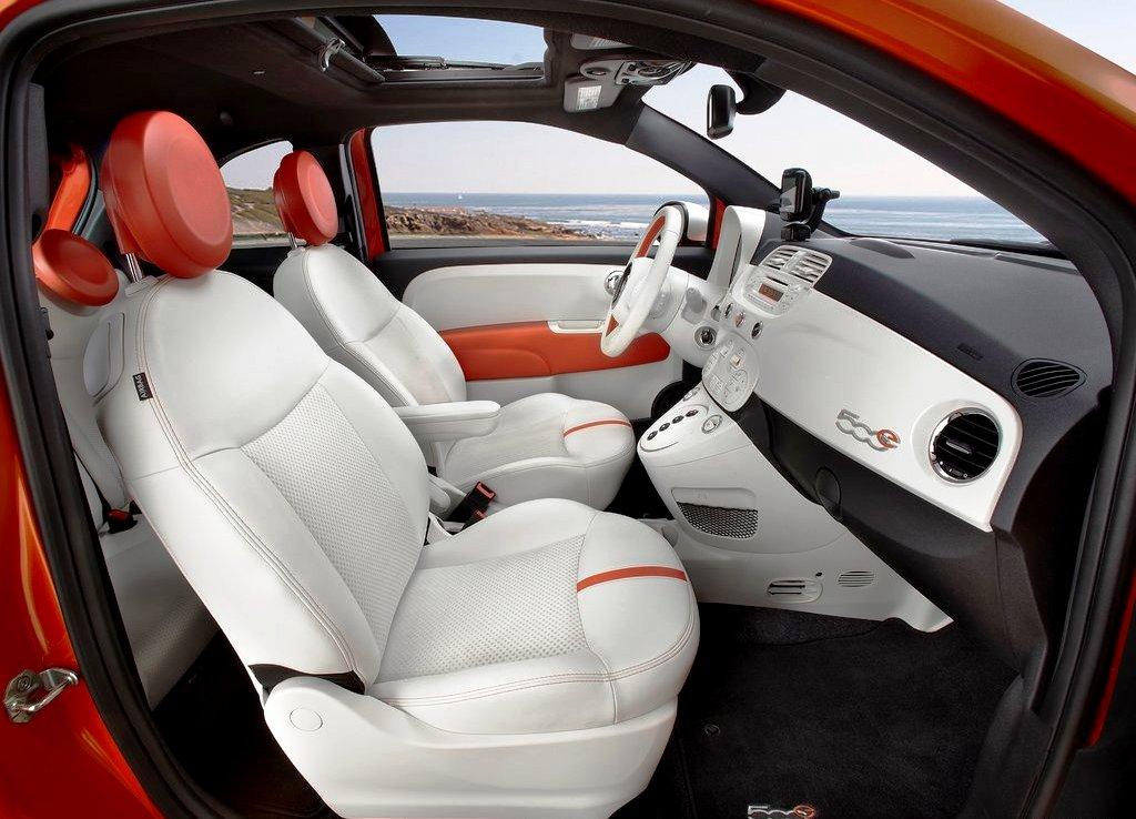 2014 Fiat 500e Interior Design