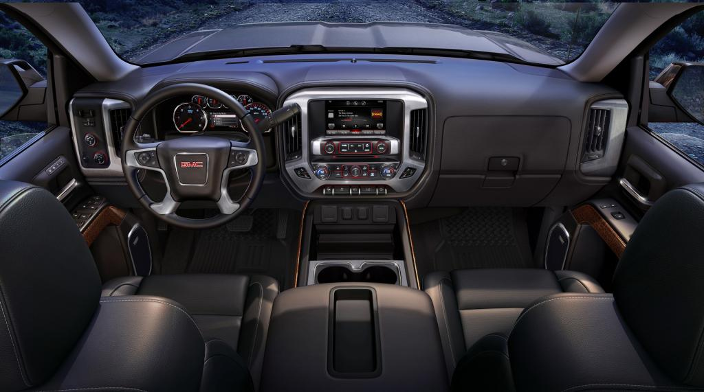 2014 GMC Sierra Interior Design