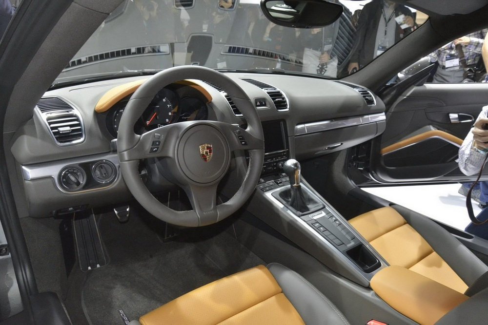 2014 Porsche Cayman Interior