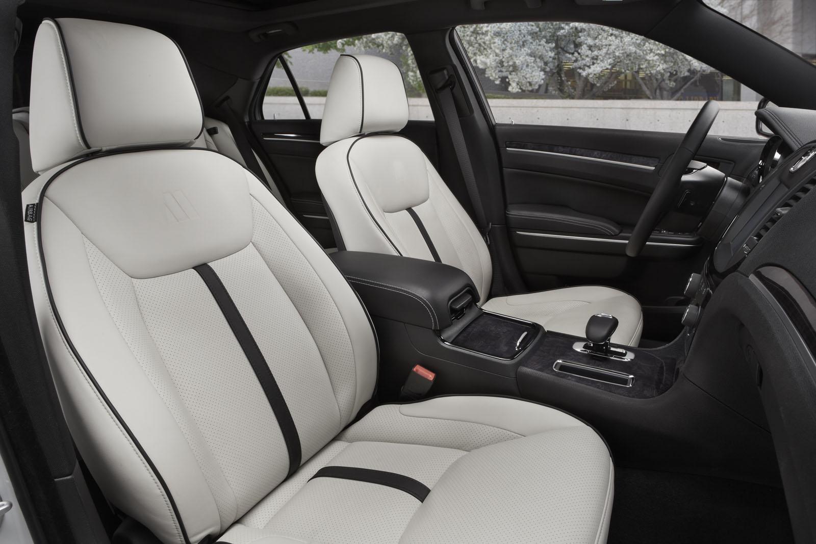 2013 Chrysler 300 Motown Edition Interior Design