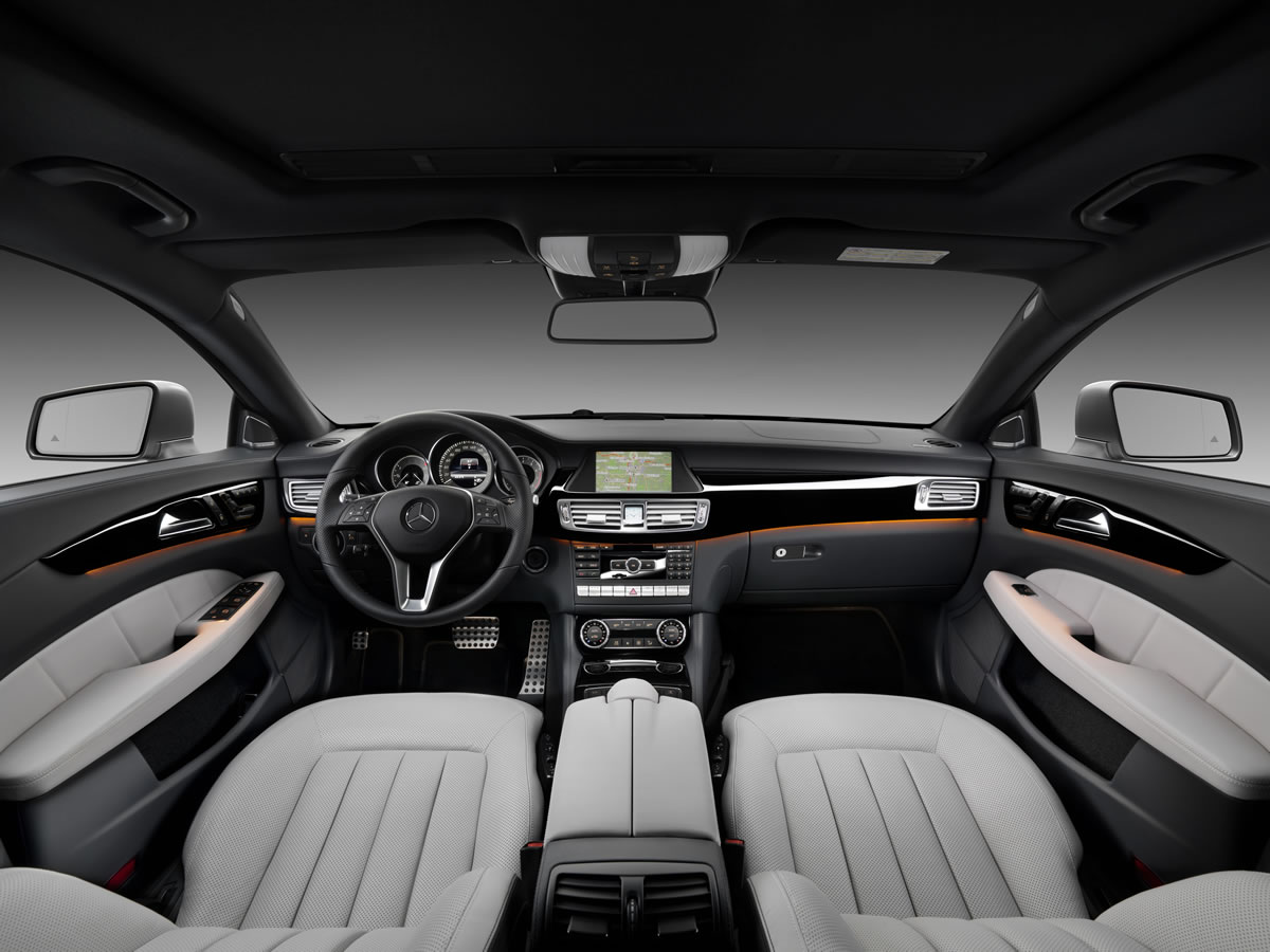 2013 Mercedes-Benz CLS Shooting Brake by Lorinser Interior