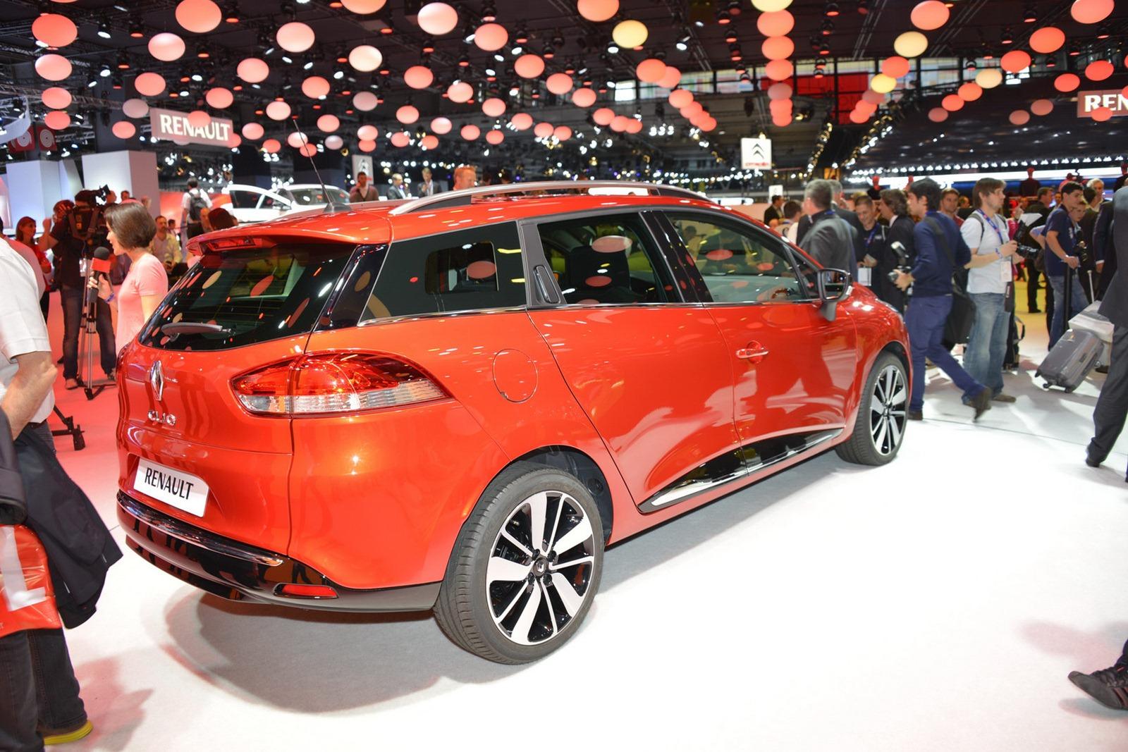 2013 Renault Clio Estate Rear Design