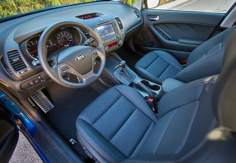KIA Forte Sedan Dashboard