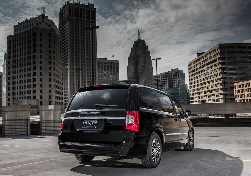 2013 Chrysler Town & Country S Rear