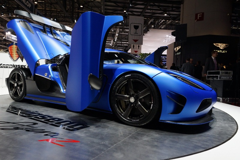 Koenigsegg Agera R Hundra Side