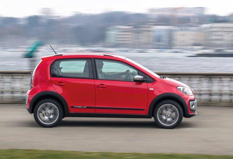 Volkswagen Cross Up Side