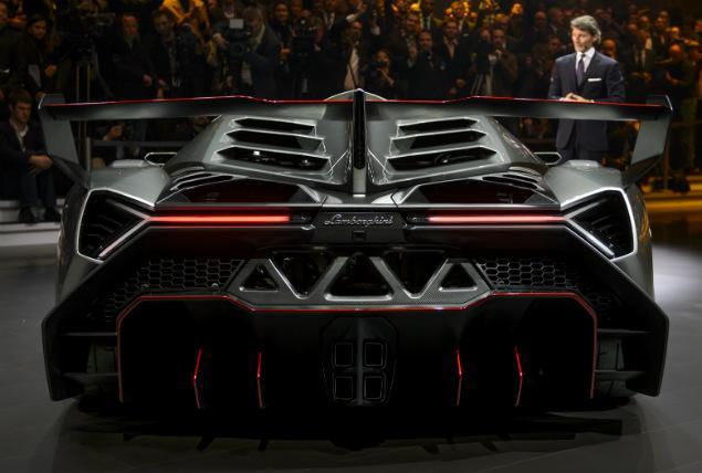 2013 Lamborghini Veneno Rear View