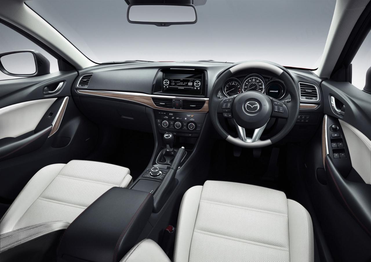 2013 Mazda Atenza GT Sound Special Interior