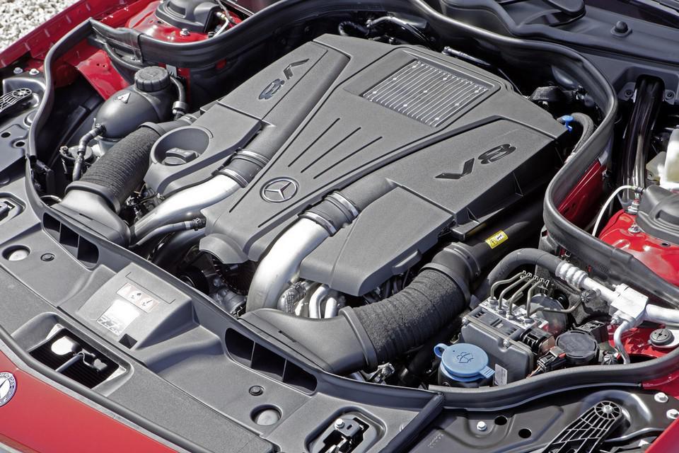 2013 Mercedes Benz CLS Shooting Brake Engine