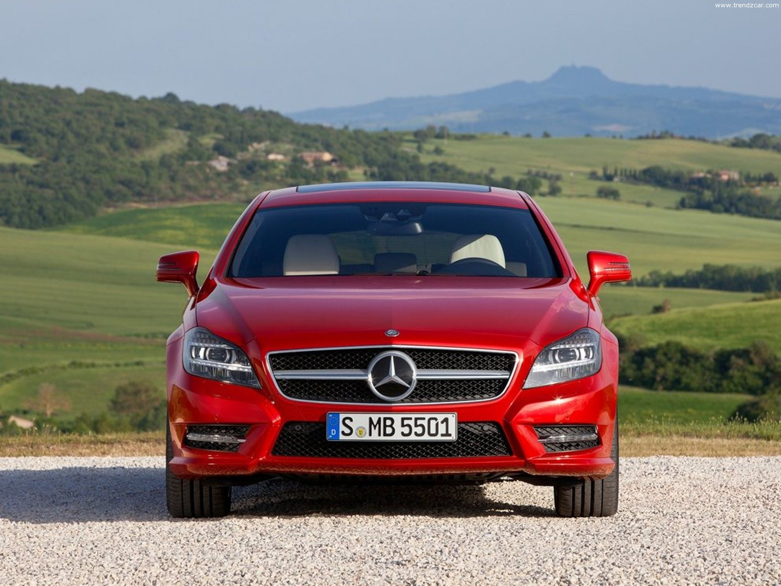 2013 Mercedes Benz CLS Shooting Brake Front View