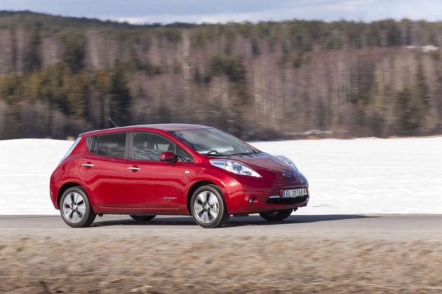 2013 Nissan Leaf Side View
