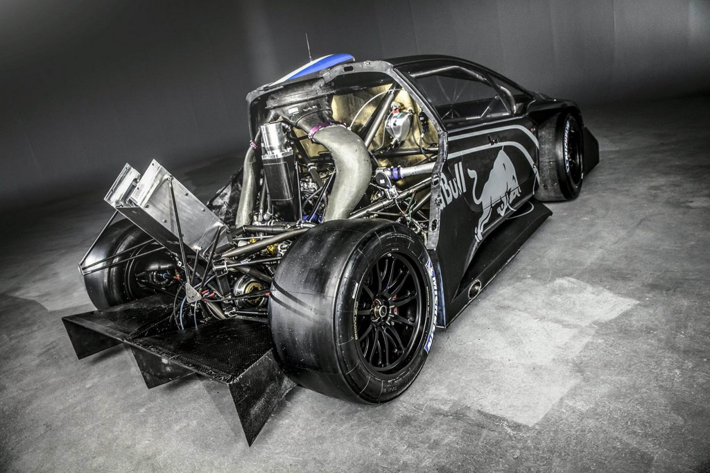 2013 Peugeot 208 T16 Pikes Peak Engine View