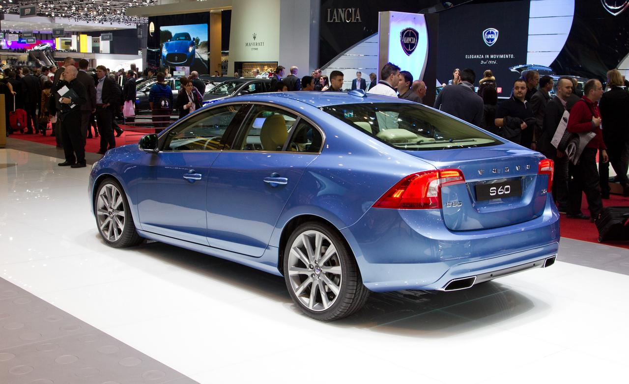2014 Volvo S60 Rear View