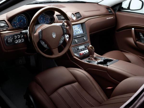2011 Maserati GranTurismo S Limited Edition Interior Dashboard