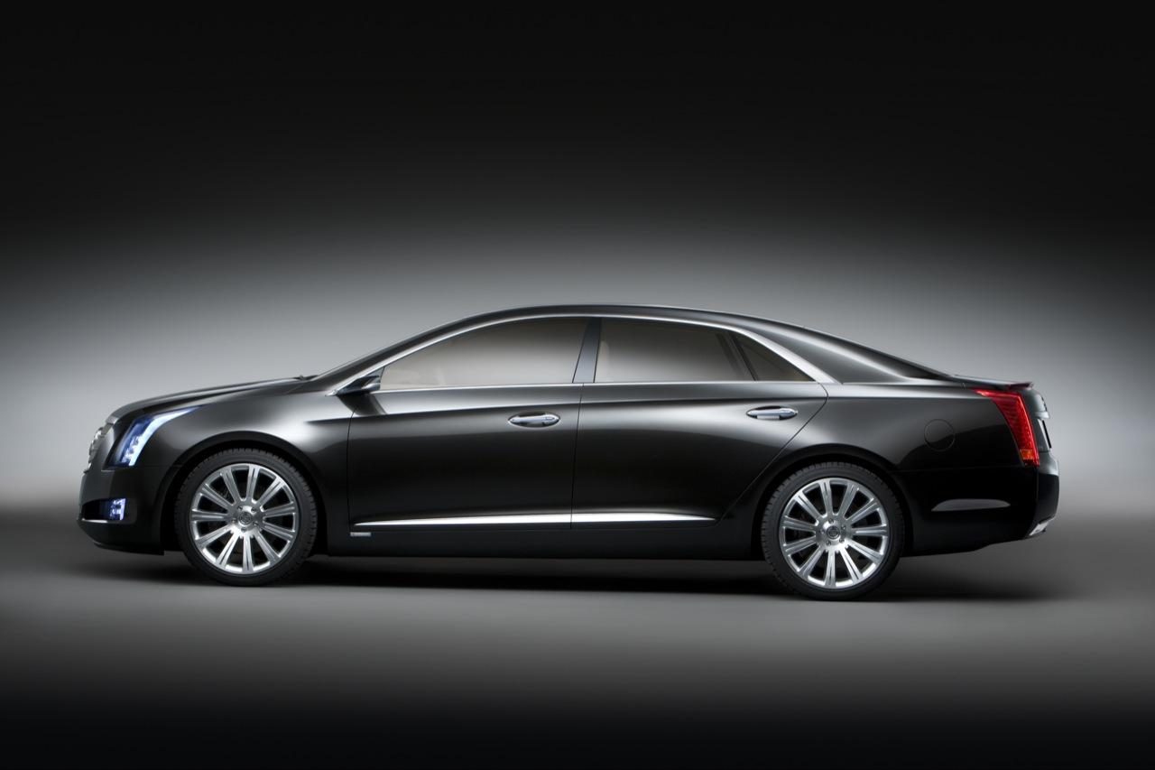 2013 Cadillac XTS Side View