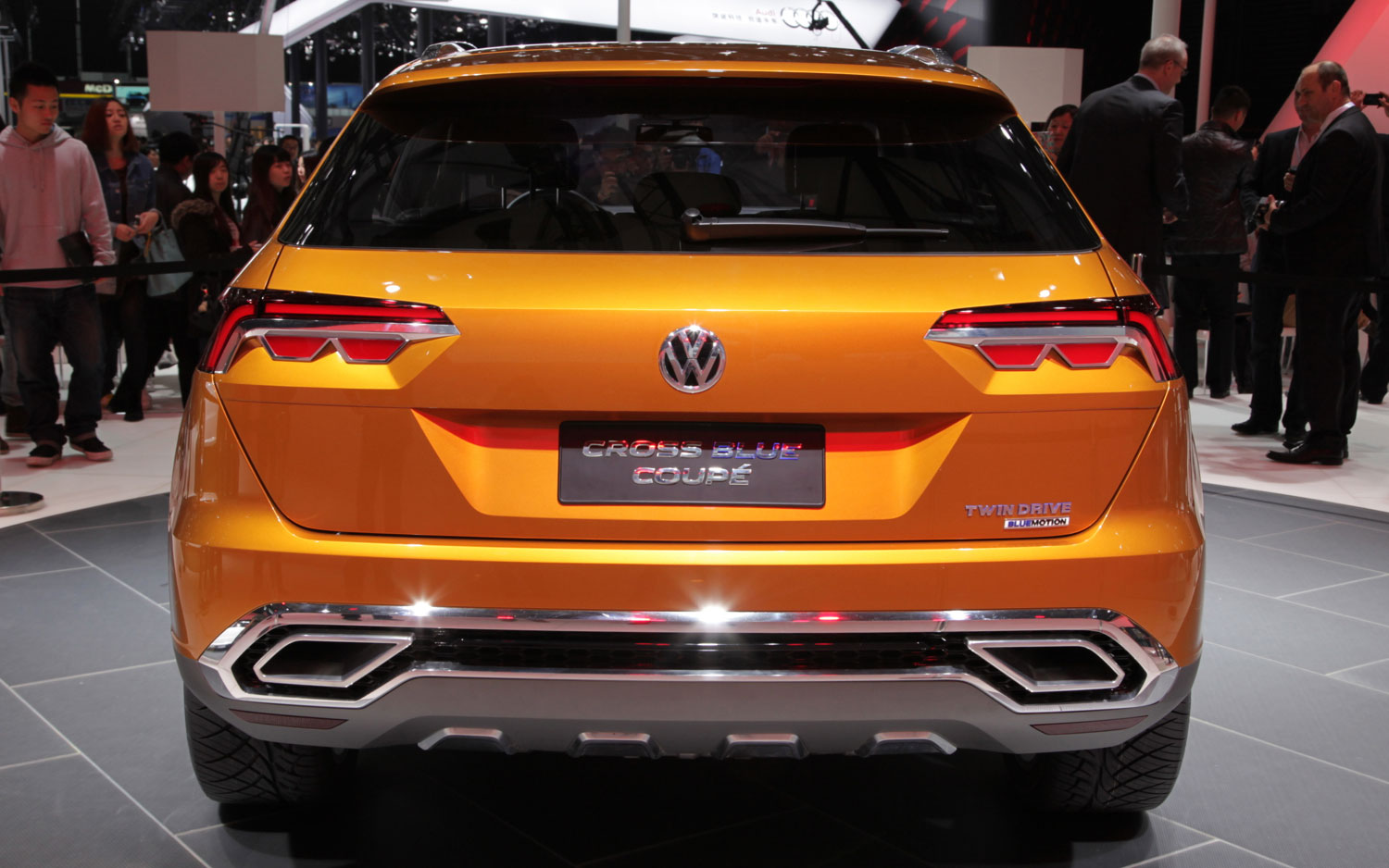 2013 Volkswagen CrossBlue Coupe Rear View